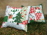 http://www.patchworkposse.com/2-quick-simple-christmas-pillows/