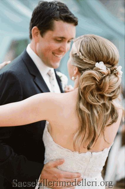 Снится делать прическу на свадьбу