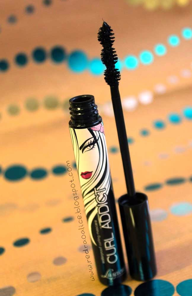 Luscious Cosmetics, Luscious, Luscious Makeup, Makeup, Beauty Blog, Pakistan Makeup, Curl Addict, Mascara, Curl Addict Mascara, Luscious Curl Addict Mascara, Great Mascara