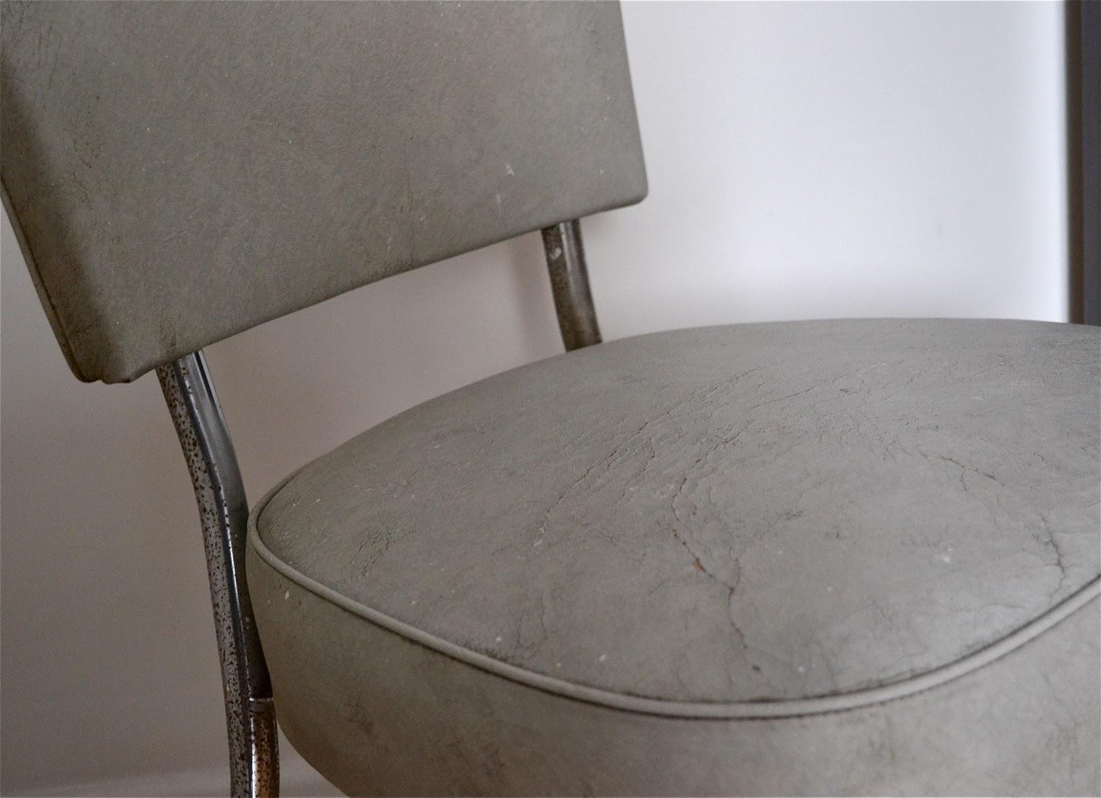 Past present une chaise un style - L assise d une chaise ...
