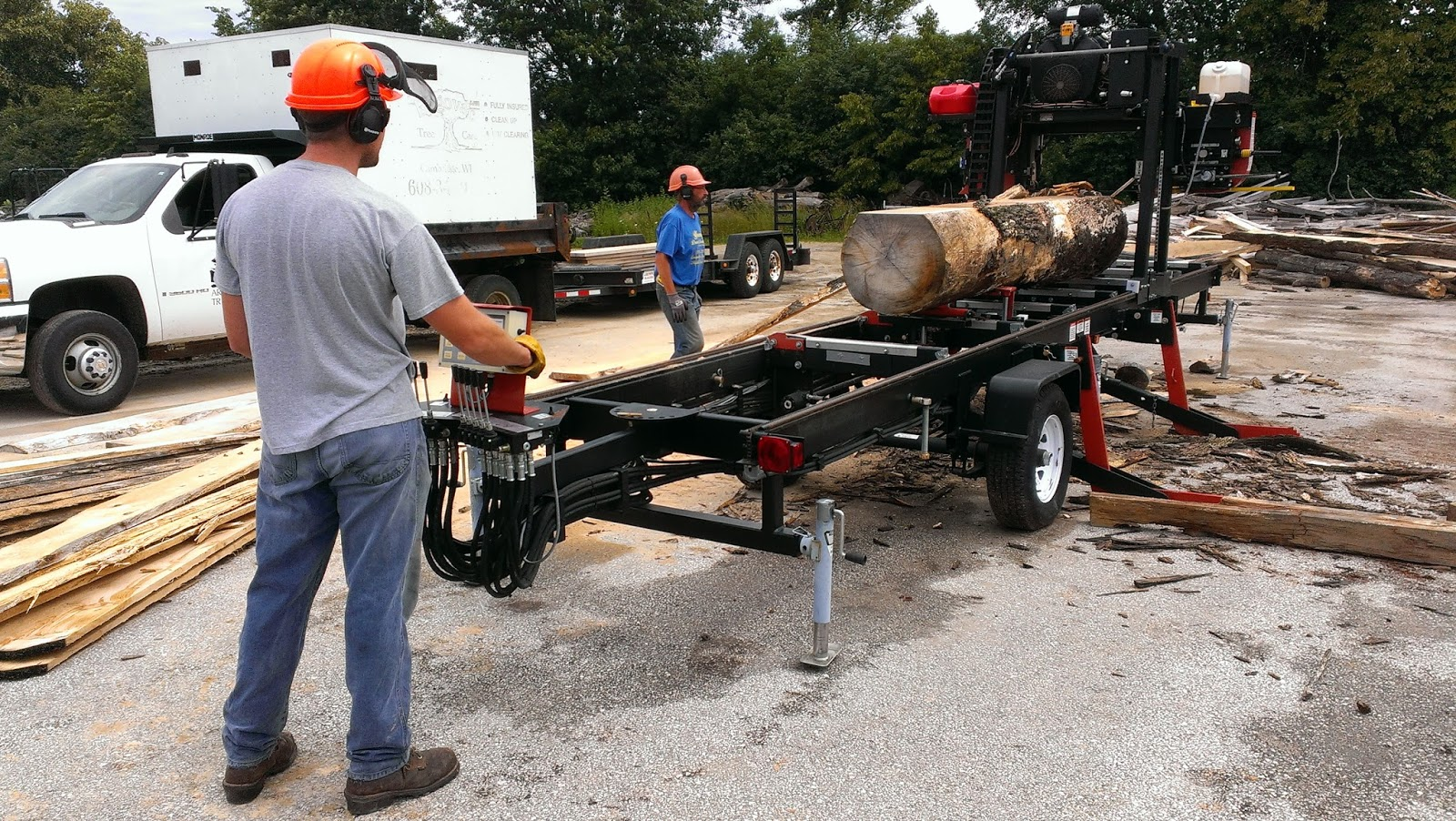 lumber milling machine