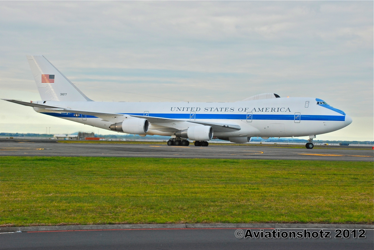 aviationshotz airborne command us air force boeing 747 200 e4b