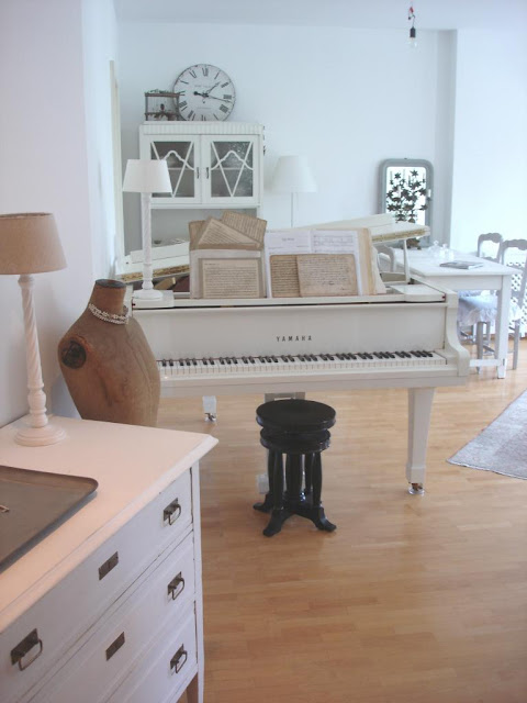 mai 2012. Black Bedroom Furniture Sets. Home Design Ideas