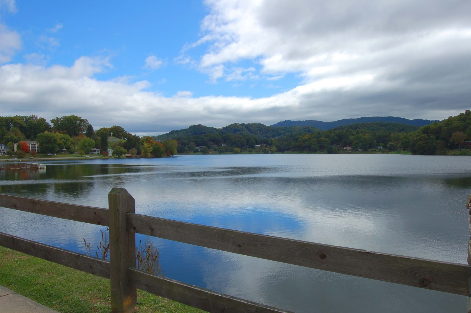 lake junaluska The race will be friday morning june 22nd at 8am lake junaluska conference  and retreat center beginning and ending at stuart auditorium this run is open.