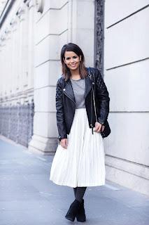 http://1.bp.blogspot.com/-Fhe4i8ulApo/UKHGIVfUBsI/AAAAAAAAGz4/GrpaKqSUUoA/s1600/white-winter-outfit-blanco_en_invierno-street-style-10.jpg