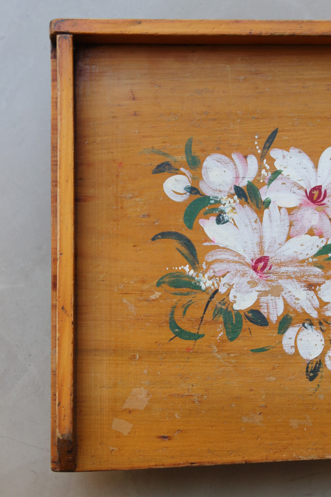 Flores Pintadas Decorativas De Madera Imagen de archivo  - Imagenes De Flores Pintadas En Madera