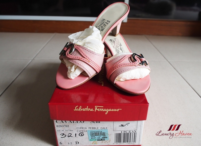 pink salvatore ferragamo cavallo cipria pebble calf sandals