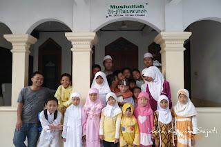 http://ejawantahnews.blogspot.com/2011/05/bersama-terasa-indah.html