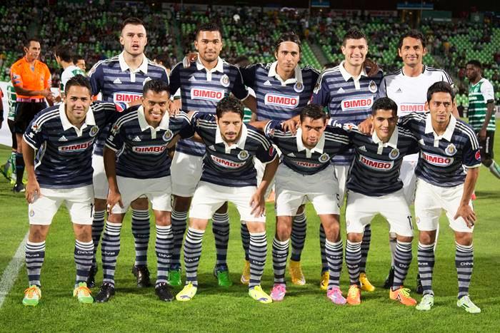 Se intentará negociar o intercambiar con otros clubes para reforzar al equipo.