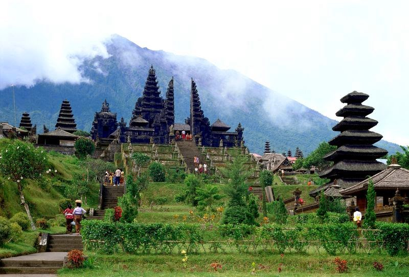 bali, jimbaran, lovina, paradise, rice fields, Tanah Lot, temple, diving in Bali, Hindu temple in Bali,