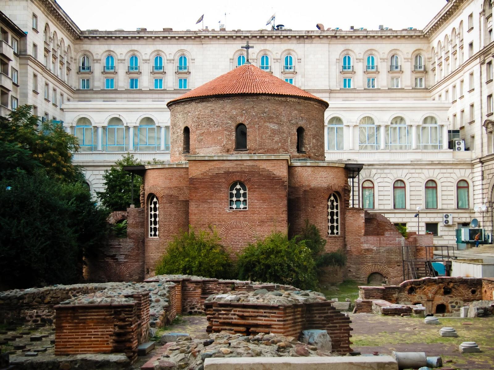 PhotoLifeSite: Church of St. George - Sofia, Bulgaria
