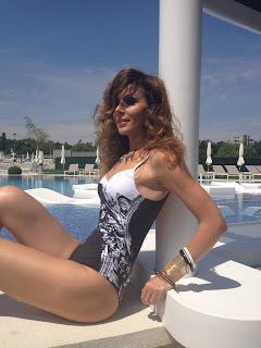Poza zilei: Carmen Bruma in costum de baie