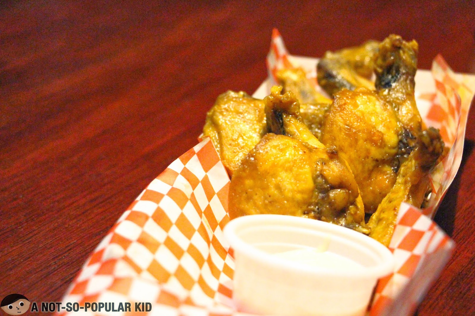 The not-so-spicy-but-great Franks Wings - Franks Crafts Beer