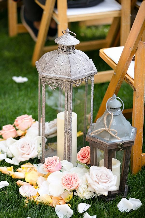 outdoor lantern aisle decorations