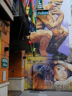 http://1.bp.blogspot.com/-FiTfaaTIyKU/VLyO_OKzREI/AAAAAAAAOvc/-bIfeESi5hY/s1600/Granada-Street-Art-and-Graffiti%2B(22).JPG