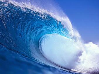#4 Sea Waves Wallpaper