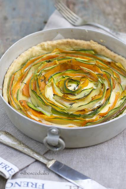 torta salata a spirale con zucchini e carote