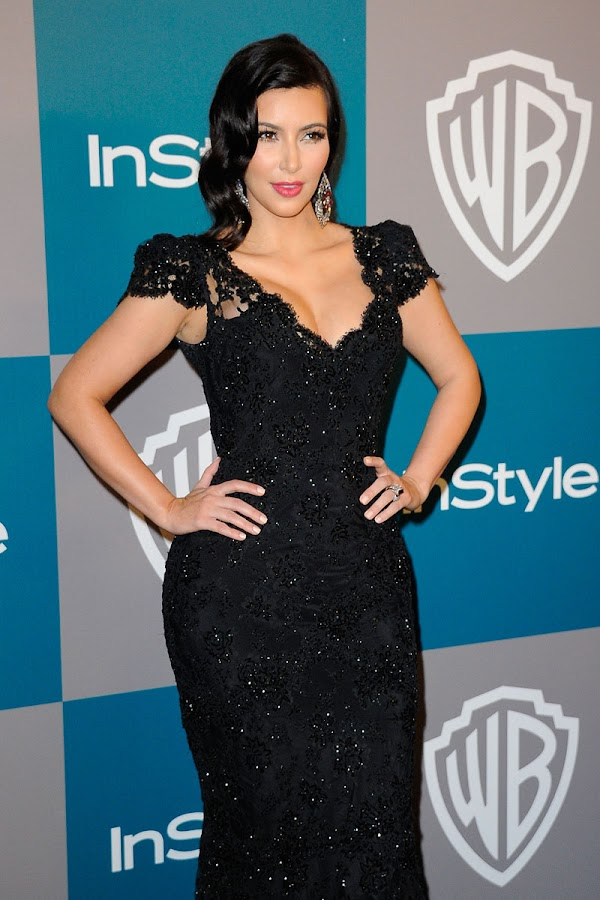 Kim%2BKardashian%2B %2BWarner%2BBros%2BInStyle%2BGolden%2BGlobe%2Bparty3 Kim Kardashian Photos at Warner Bros InStyle Golden Globe Party