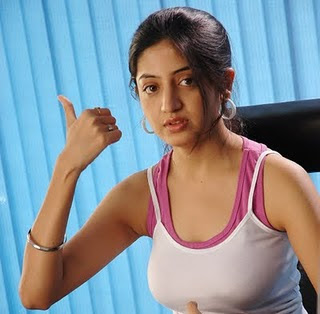 Poonam-Kaur-Hot-Actress-Wallpapers