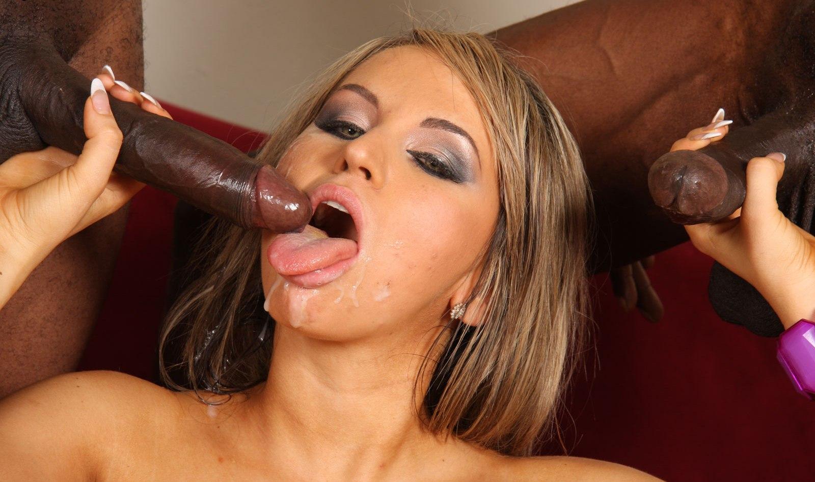 Смотреть онлайн порно алексис диамонд 19 фотография