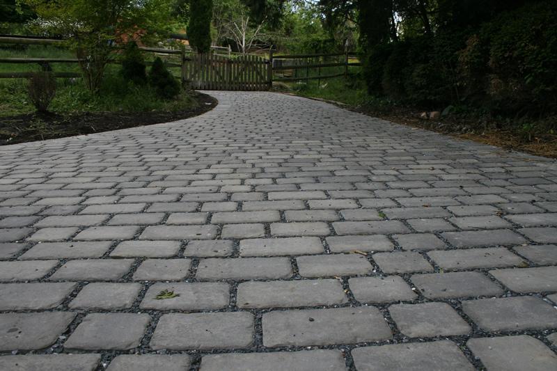 Custom Stoneworks Design Inc Permea Permeable Paver