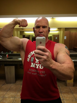 Bodybuilder's Hairy Jock Pits
