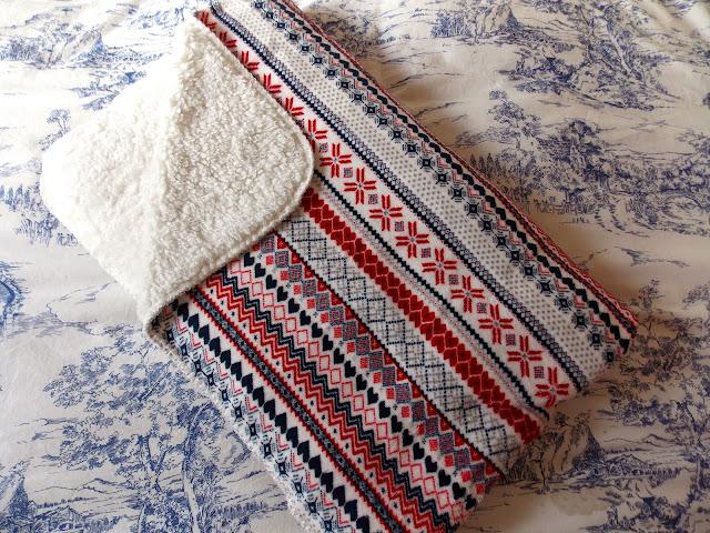 A nordic printed primark blanket