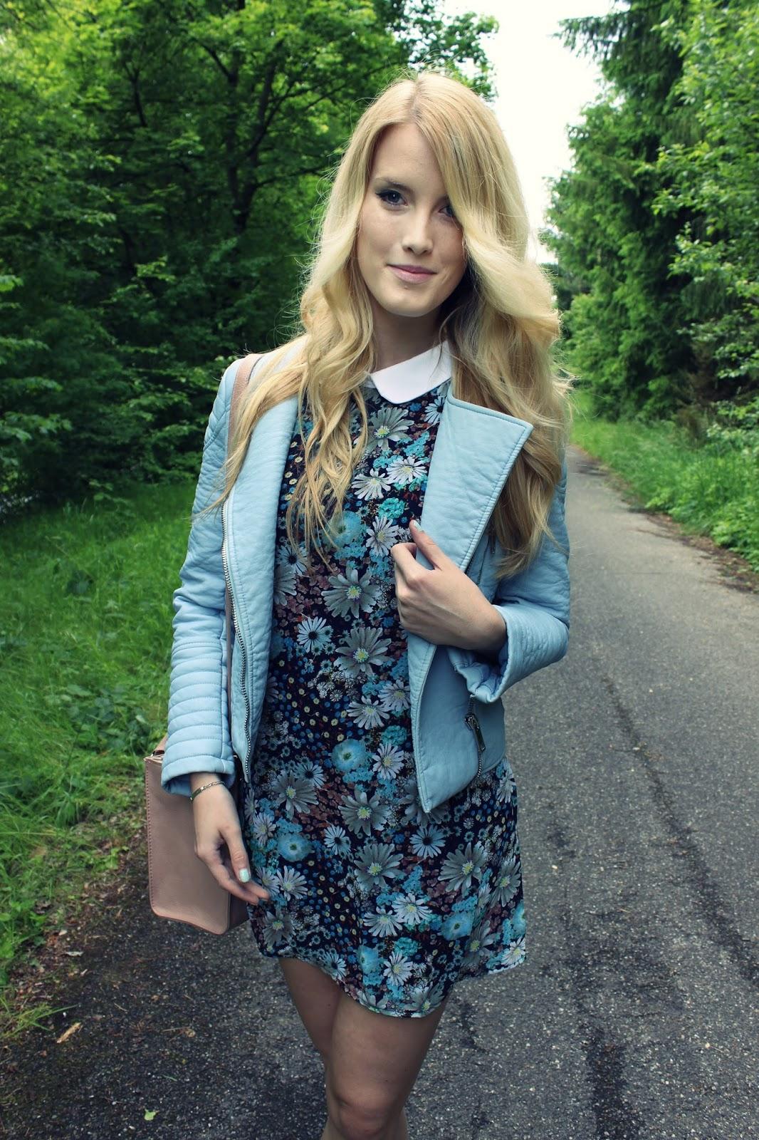 Flower Print Flowerprint dress WalG TheBlondeLion Outfit babyblue Zara