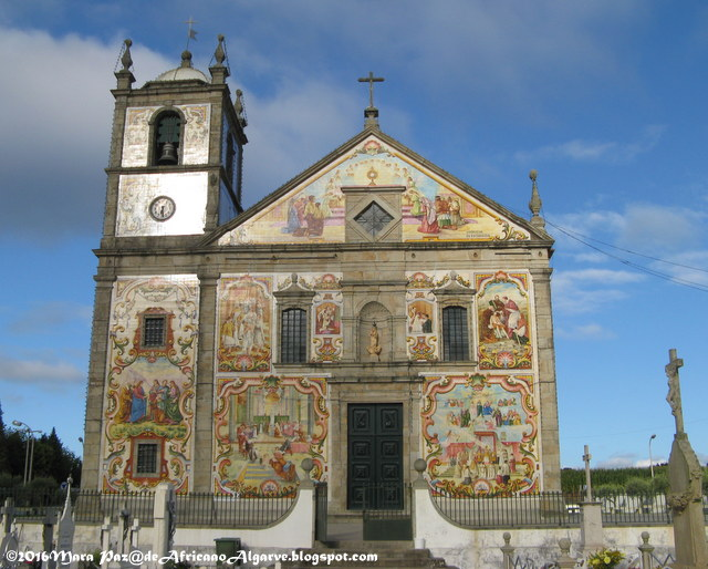 Valega church facade, Aveiro