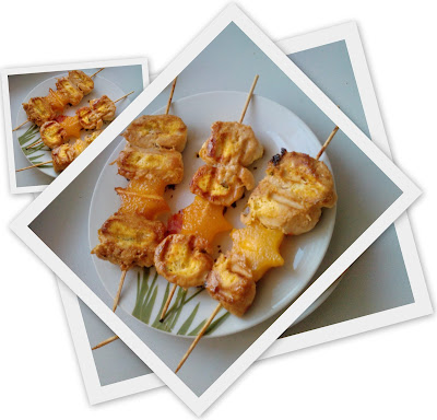 Szaszłyki z mięsa drobiowego faszerowanego serem ricotta z mango