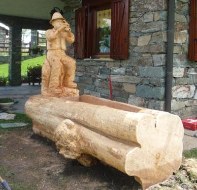 Le sculture di rossano peter for Fontane in legno