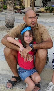 Hombre con su hija
