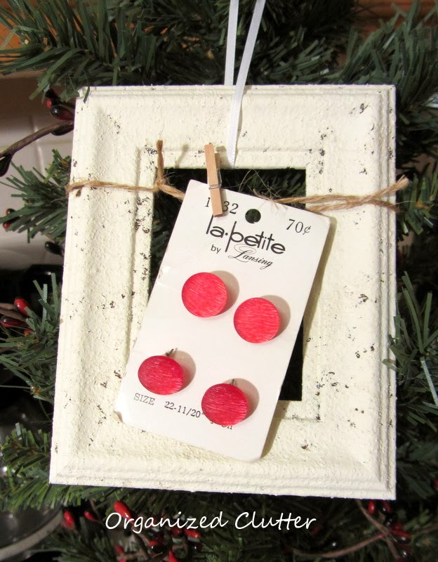 A quot re purposed christmas tree frames and buttons