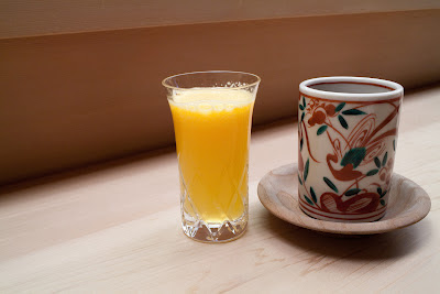 the joy of cooking #20: a coffe, a beer, green tea and some fresh orange juice