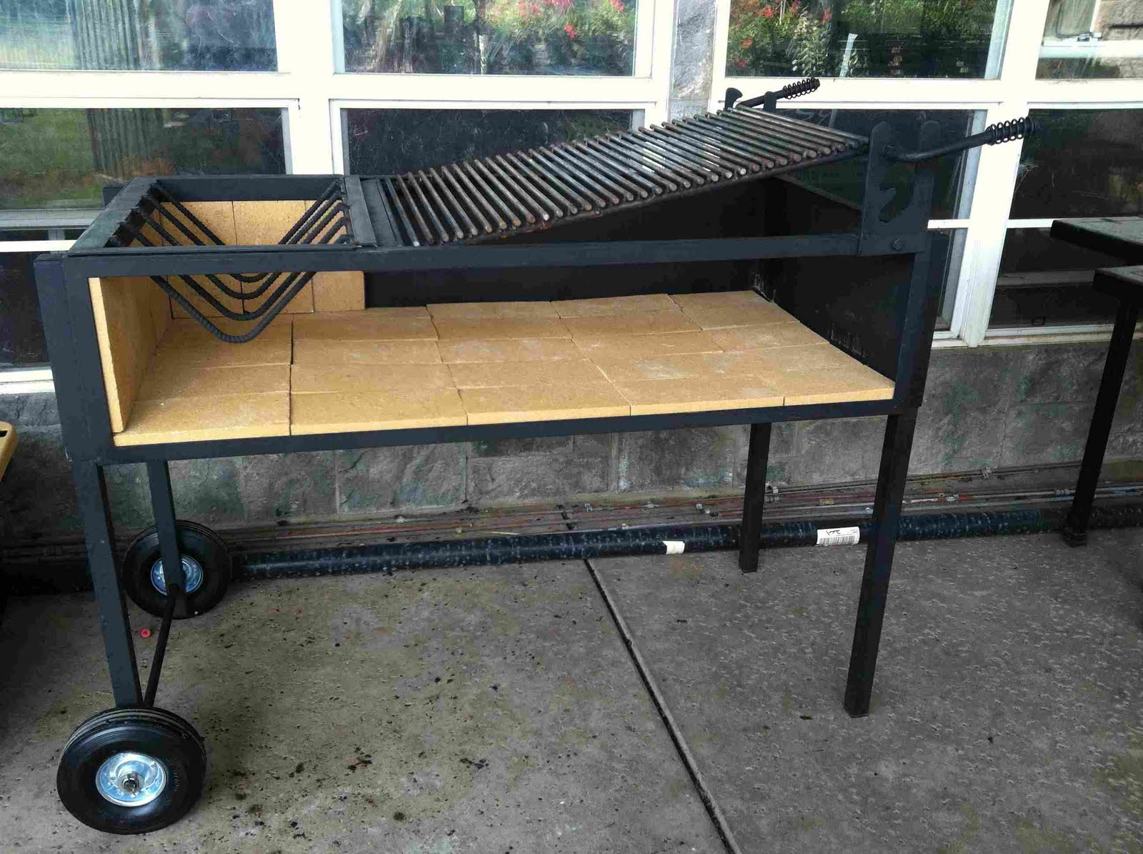 norcal ovenworks 39 outdoor kitchen diary using the uruguayan grill. Black Bedroom Furniture Sets. Home Design Ideas