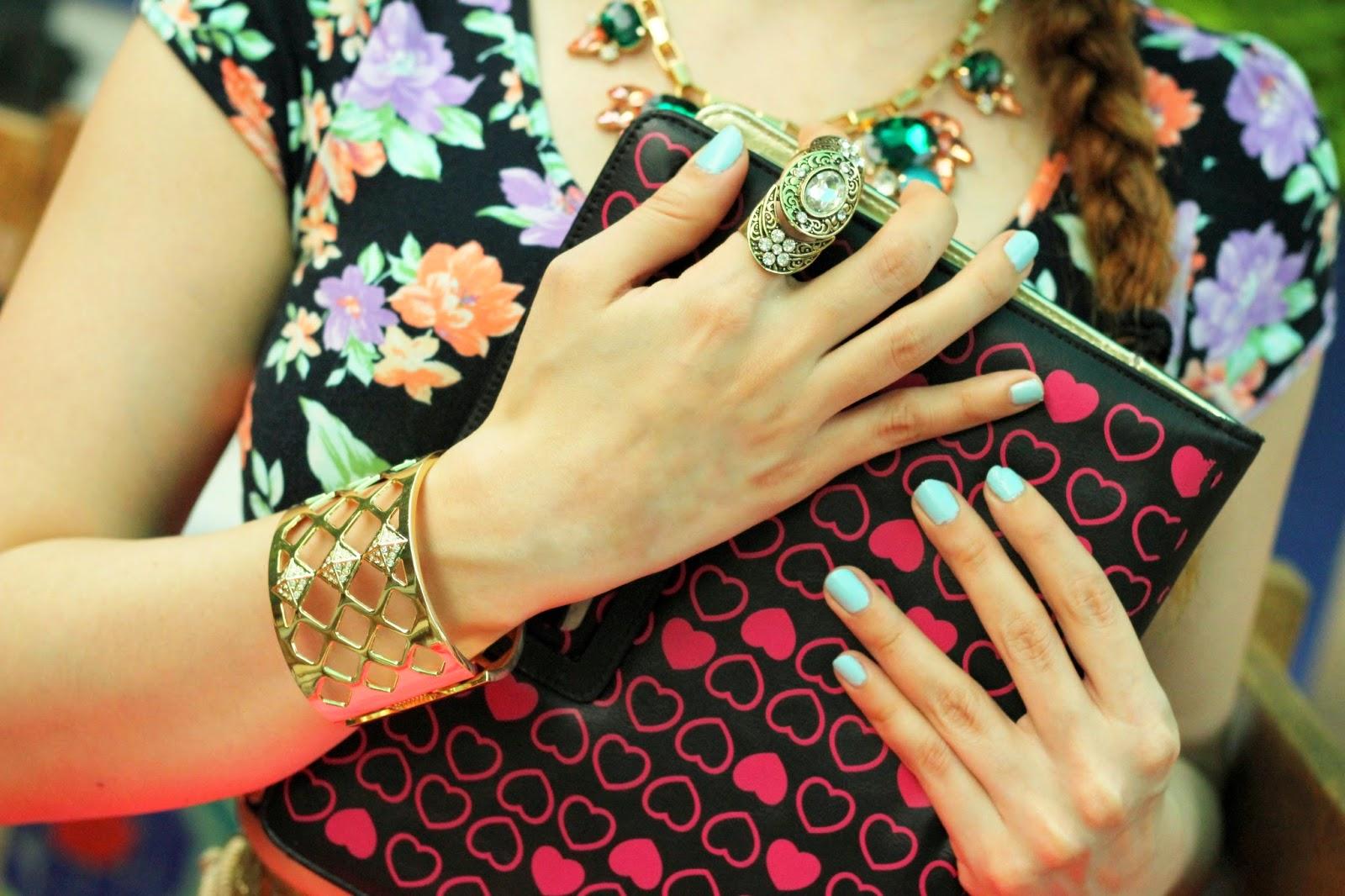 Fashion Jewelry & Hearts I Pad Cover