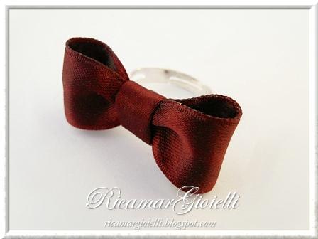 anello con fiocco di raso