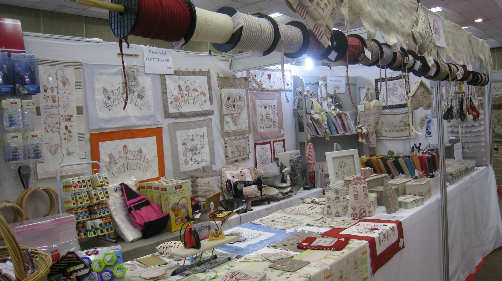 Salones Con Aparador Y Vitrina ~ Le Petit Atelier Florianópolis Feira Algod u00e3o Doce Festival de Artesanato