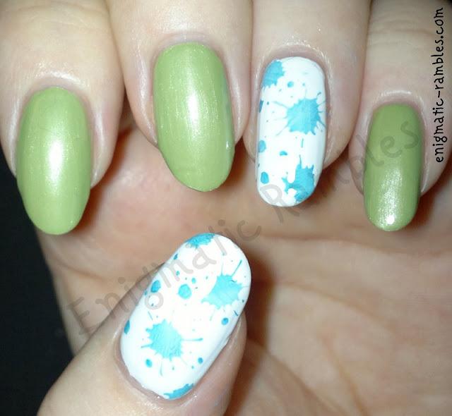 aqua-splatter-nails-nail-art-stamping-konad-m21