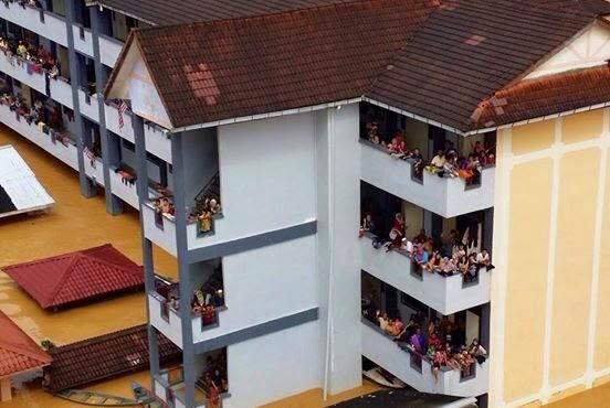 """10 Mati Lemas - Polis Kelantan Ambil Tindakkan Pada """"Mangkuk Hayun"""""""