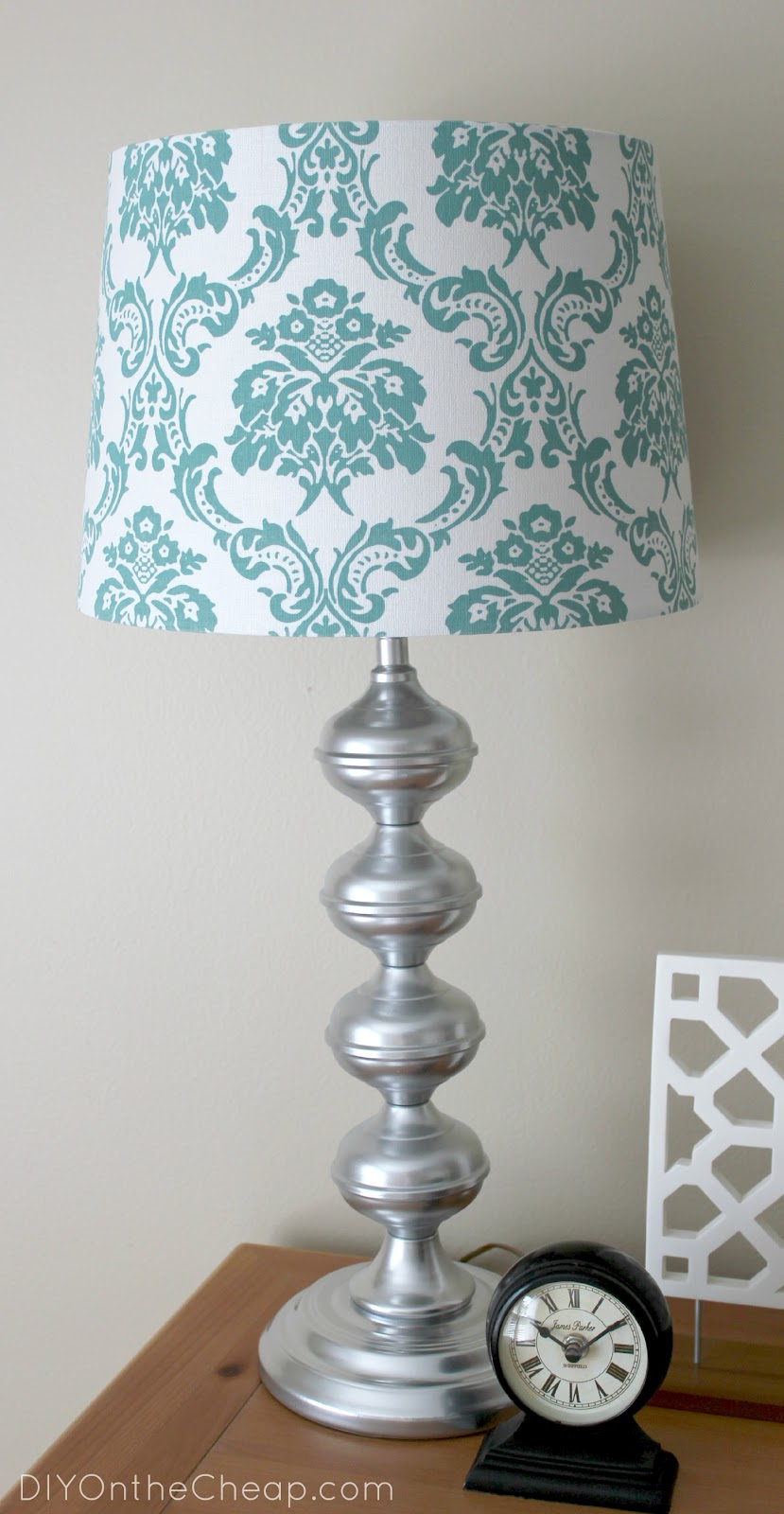 A glimpse inside guest post erin from diy on the cheap for Redoing lamp shades