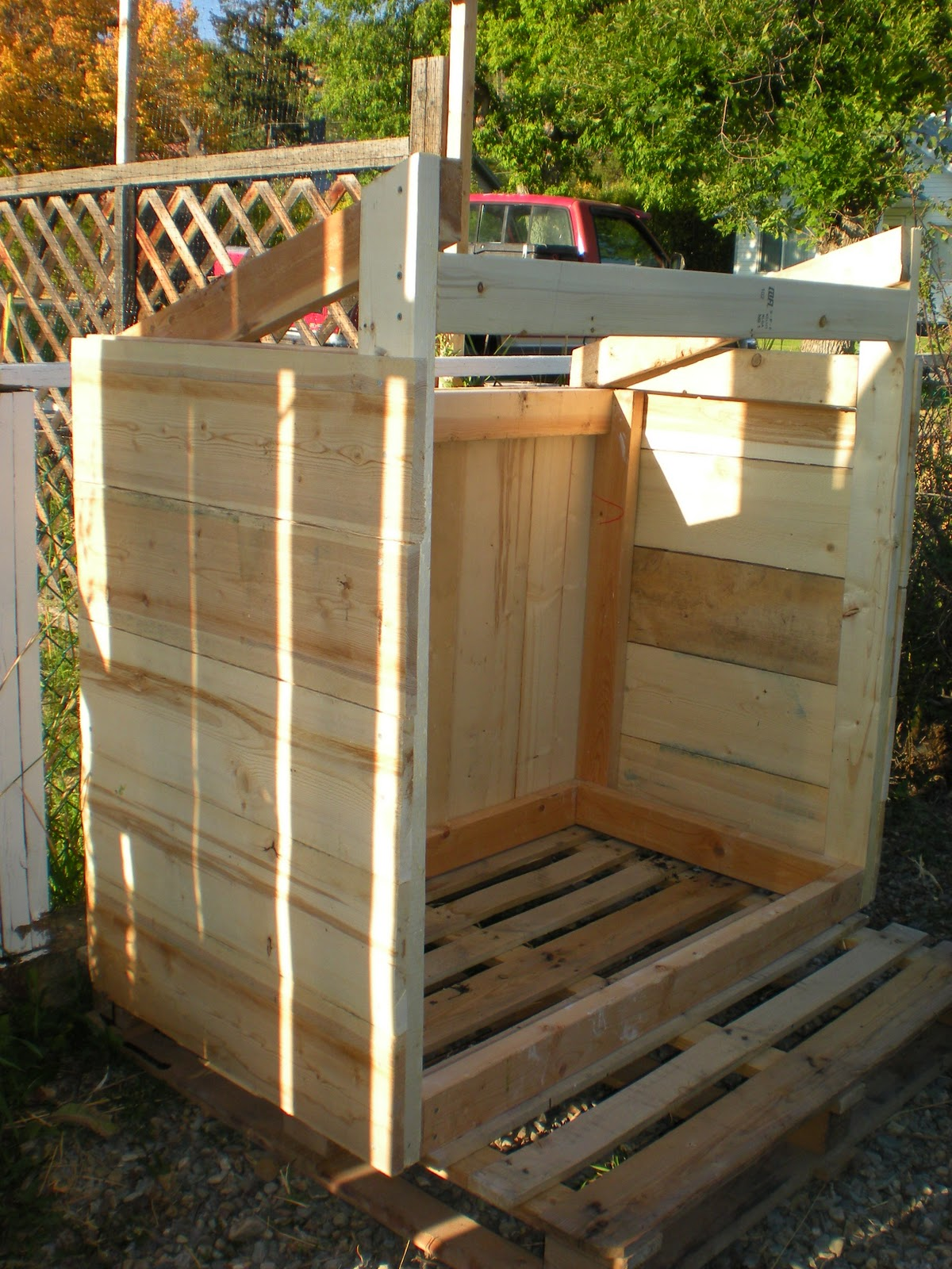 Diy Tales 30 Shed From Reclaimed Wood By Designdreams By
