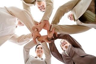 aboración entre profesionales-MARKARTE, marketing y comunicación