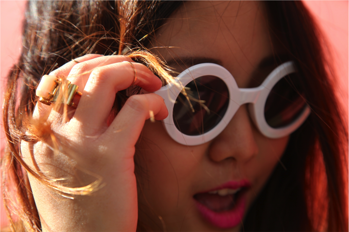 gold stone ring and white frame sunglasses by nasty gal on epique