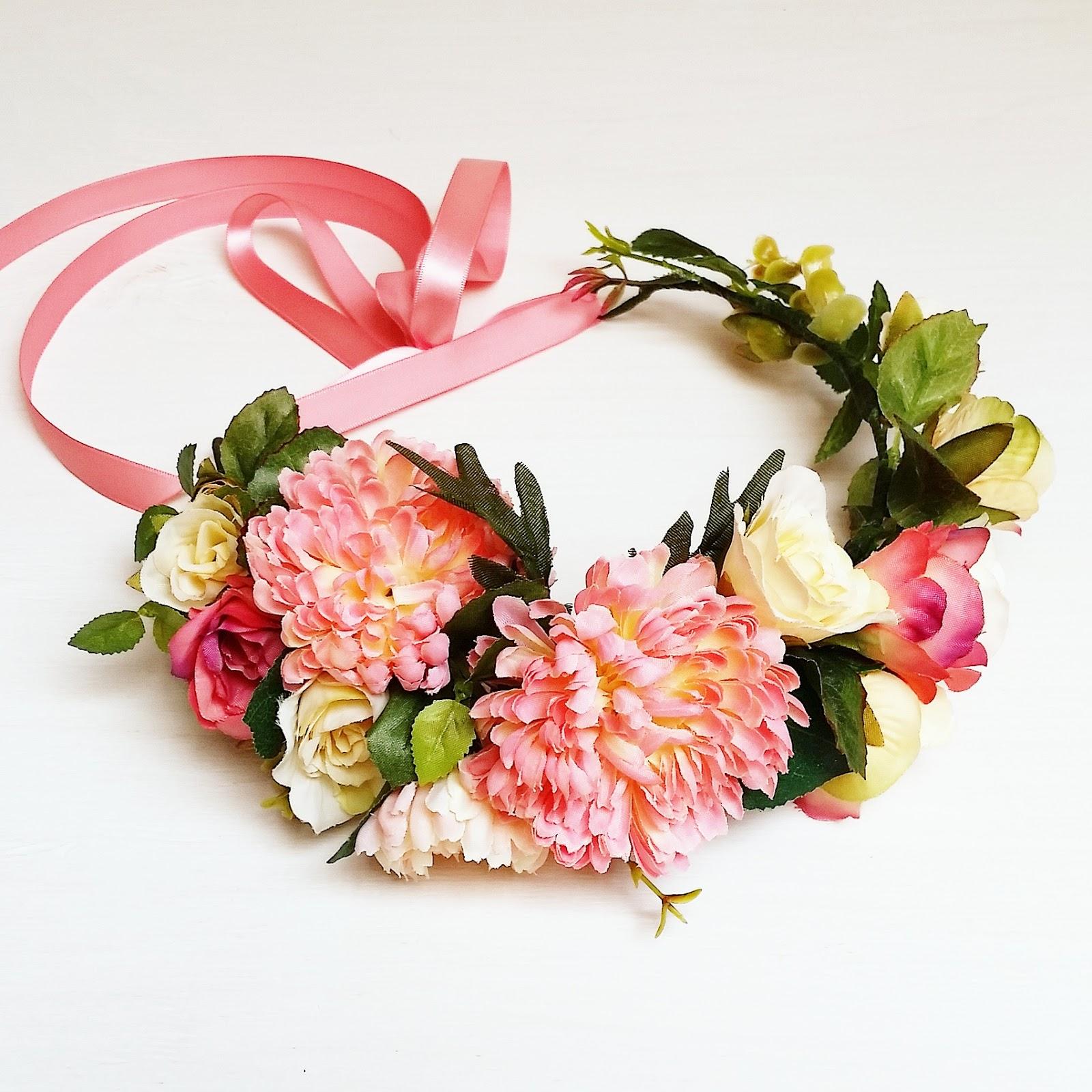 Венки с цветами фото