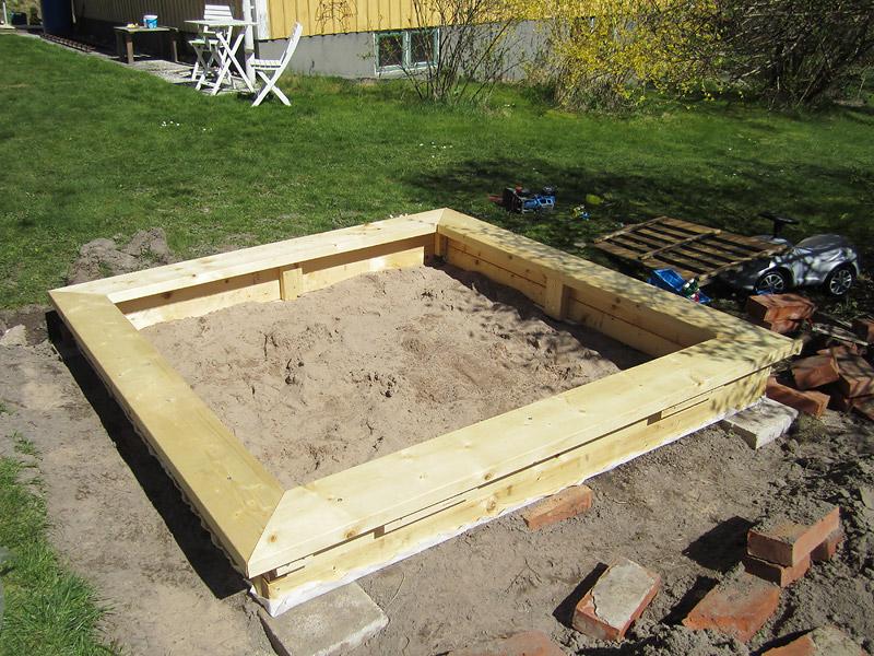bygga sandlåda med lock ritning