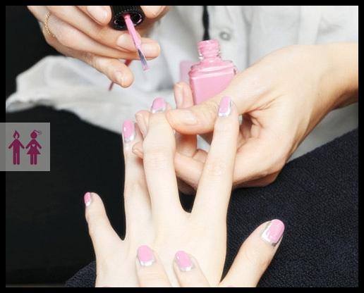 Unha-decorada-border-nail-prateada-desfile-Chanel