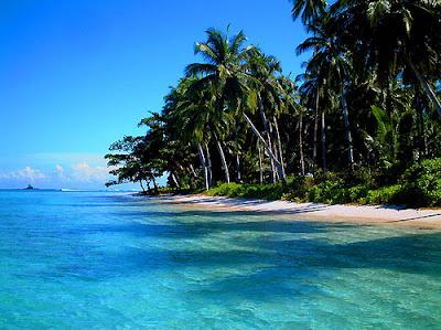 Keindahan Pantai Mentawai