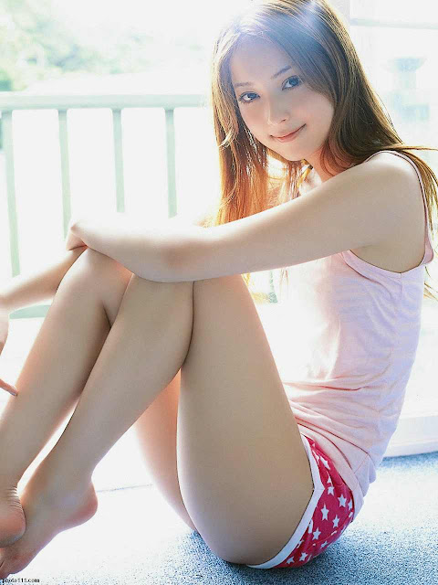 Model Nozomi Sasaki