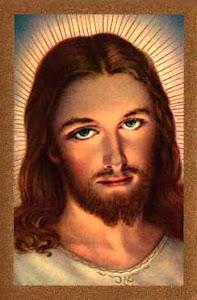 JESÚS - DIOS ES AMOR